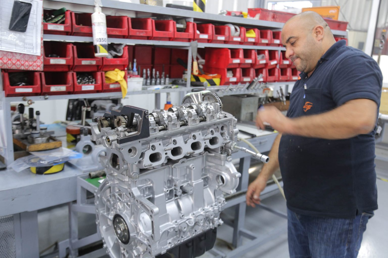 VEGE-Engine-assembly-2-2.jpg