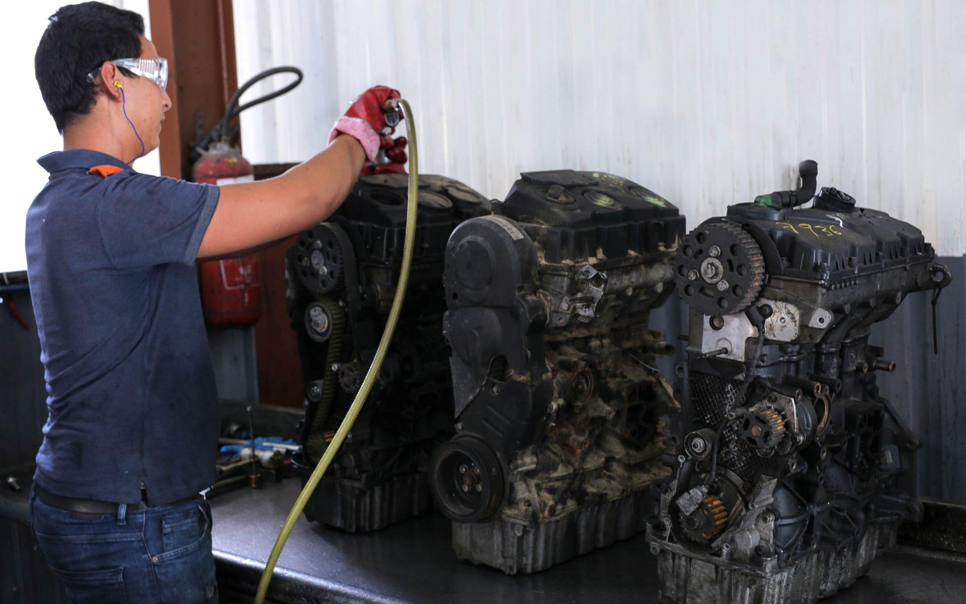 VEGE-Engine-disassembly-2.jpg
